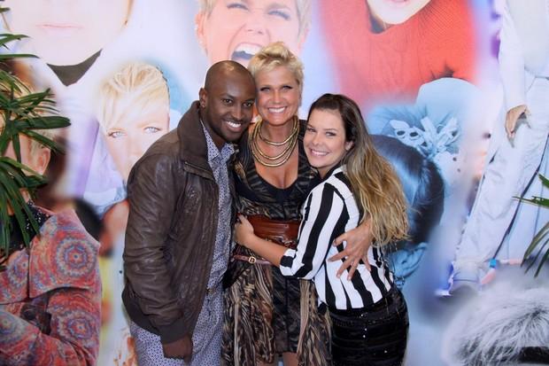 Xuxa ,Tiaguinho e Fernanda Souza (Foto: Alex Palarea/ Ag.News)