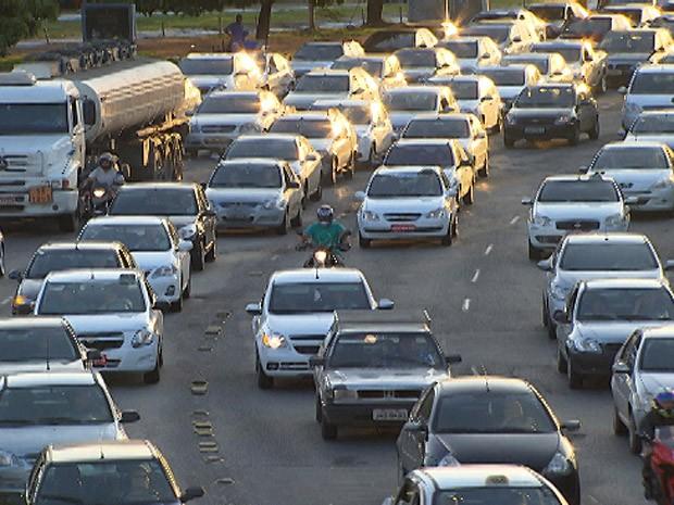 Trânsito - apagão em Salvador, na Bahia (Foto: Imagem/TV Bahia)