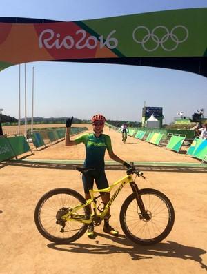 Raiza Goulão, ciclista goiana do mountain bike (Foto: Divulgação)