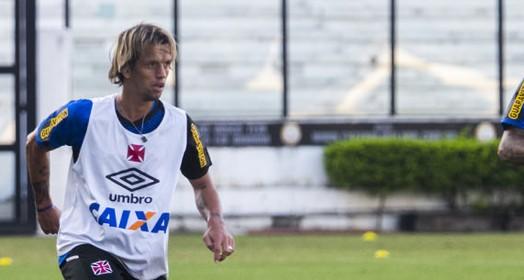 em evolução (Paulo Fernandes/Vasco.com.br)