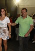 Bruna Marquezine chega correndo e atrasada para desfile. Veja vídeo