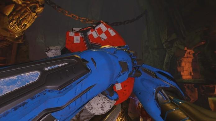 Mesmo desarmados jogadores ainda poderão dar socos e quebrar alguns pescoços no novo Doom (Foto: Reprodução/YouTube)