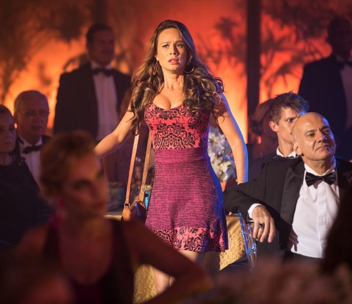 Tancinha invade a festa de Fedora (Foto: Fabiano Battaglin/Gshow)