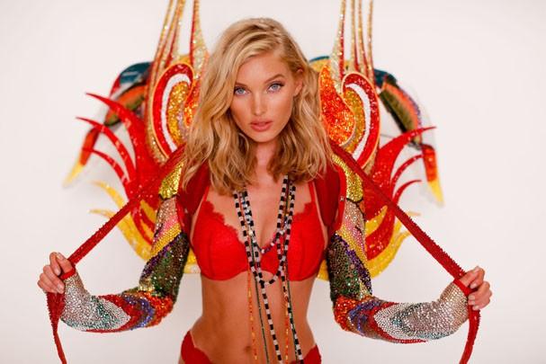 Elsa Hosk at a fitting for her Victoria's Secret Fashion Show Swarovski look. (Foto: Clint Spaulding/WWD)