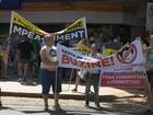 Grupos protestam contra o governo Dilma em duas cidades do RS