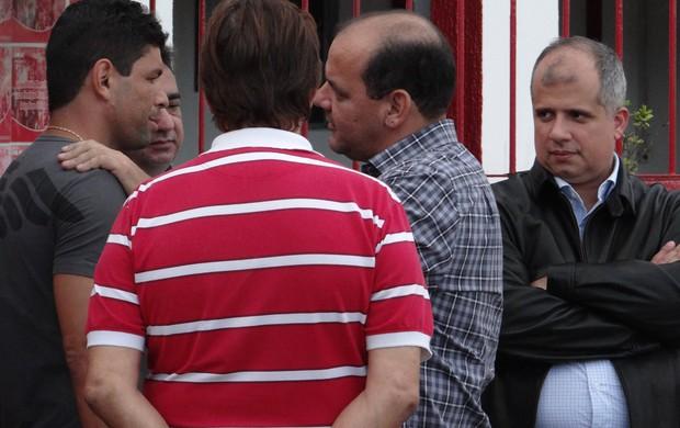 Schwenck se despediu da diretoria e dos ex-companheiros na última sexta (26) (Foto: Henrique Pereira/ Globoesporte.com)