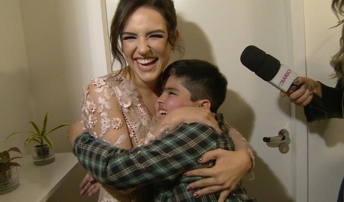 Mais Diário mostra encontro surpresa da youtuber Kéfera com fã (Foto: Reprodução / TV Diário )