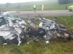 Mãe e filha morreram em acidente na BR-116 nesta quinta-feira (21)  (Foto: PRF / Divulgação)