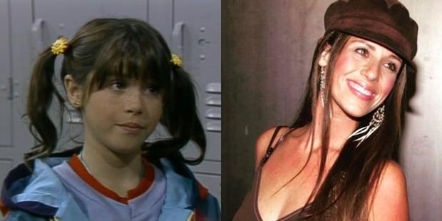 Soleil Moon Frye em Punky, A Levada da Breca e hoje (Foto: Reprodução/ IMDB | Reprodução/ Instagram)