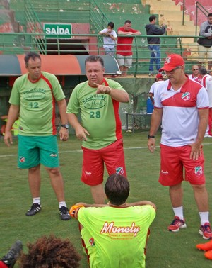 Álvaro Gaia técnico Velo Clube (Foto: Paulino Mello / Velo Clube)