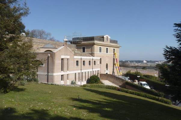 Mosteiro Mater Ecclesiae, onde o Papa Bento XVI ficará logo após se aposentar (Foto: Alba Santandreu/EFE)