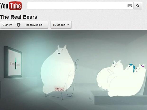 Urso polar  (Foto: Reprodução/YouTube)