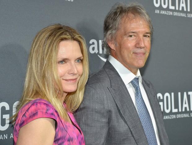 Michelle Pfeiffer e o marido, David E. Kelley (Foto: Charles Gallay/Getty Images)