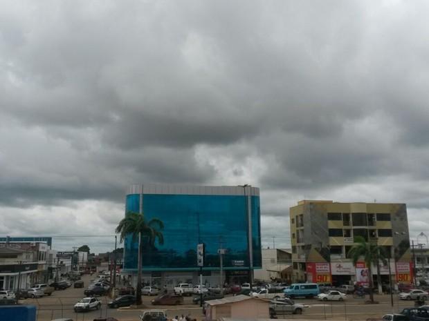 Deve chover na região do Vale do Jamari (Foto: Eliete Marques/G1)