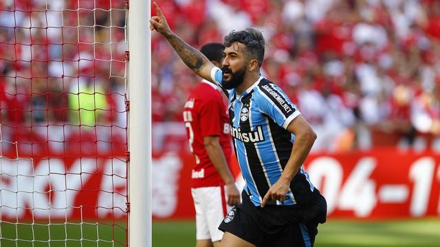 Internacional x Grêmio - Campeonato Brasileiro 2016 - globoesporte.com c625615273fee