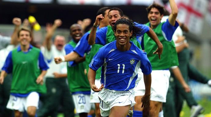 ronaldinho gaúcho brasil Inglaterra copa do mundo 2002 (Foto: Agência Getty Images)
