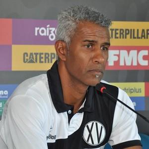 Claudinho Batista técnico XV de Piracicaba (Foto: Vitor Prates / XV de Piracicaba)