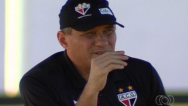 PC Gusmão - técnico Atlético-GO (Foto: Reprodução / TV Anhanguera)