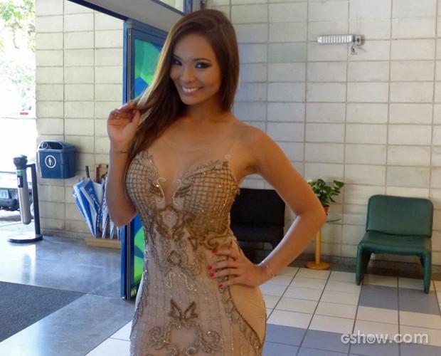 Você acha que a Naka é brasileira ou oriental? (Foto: Na Moral/TV Globo)