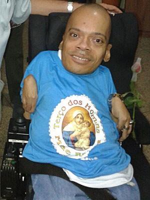 O brasiliense Alexandre Abade, que tem 'ossos de vidro' (Foto: Alexandre Abade/Arquivo Pessoal)