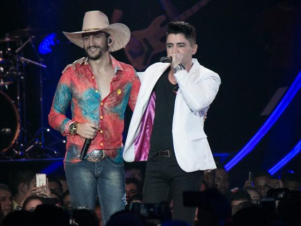 Antony e Gabriel em show em Londrina, no Paraná (Foto: Deividi Correa/ Ag. News)