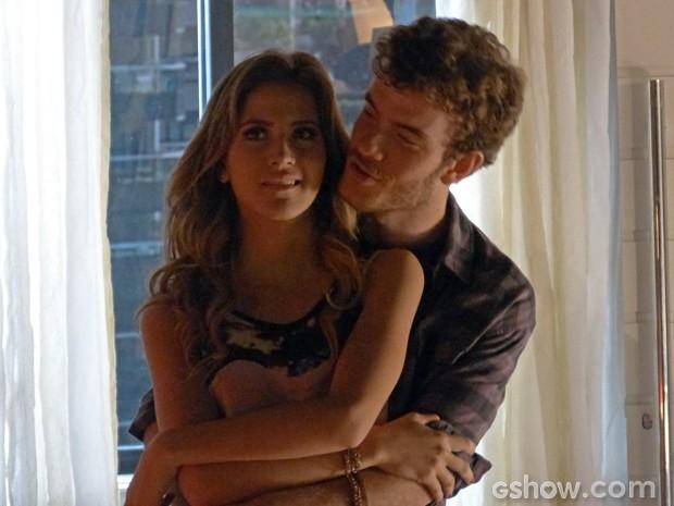 Sofia chamou e ele aceitou! Sofidney juntos outra vez (Foto: Malhação/ TV Globo)
