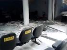 Suspeitos explodem caixas eletrônicos