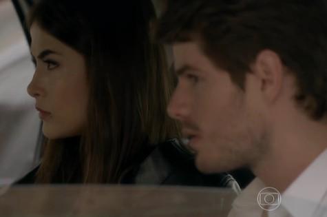 Maria Casadevall e Maurício Destri em cena de I love Paraisópolis (Foto: Reprodução)
