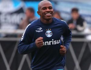 Yuri Mamute foi comparado a Mario Balotelli, da Itália (Foto: Lucas Uebel/Grêmio FBPA)
