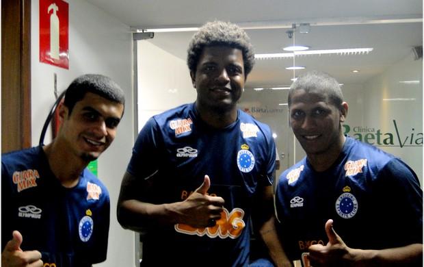 Egídio, Nirley e Uélliton fazem exames em BH (Foto: Gabriel Medeiros / Globoesporte.com)