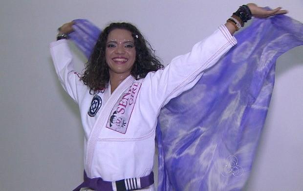 Lutadora de jiu-jitsu usa a dança do ventre para melhorar os golpes no tatame (Foto: Bom Dia Amazônia)