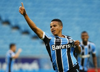 Matheus Batista Grêmio (Foto: Lucas Uebel/Grêmio)