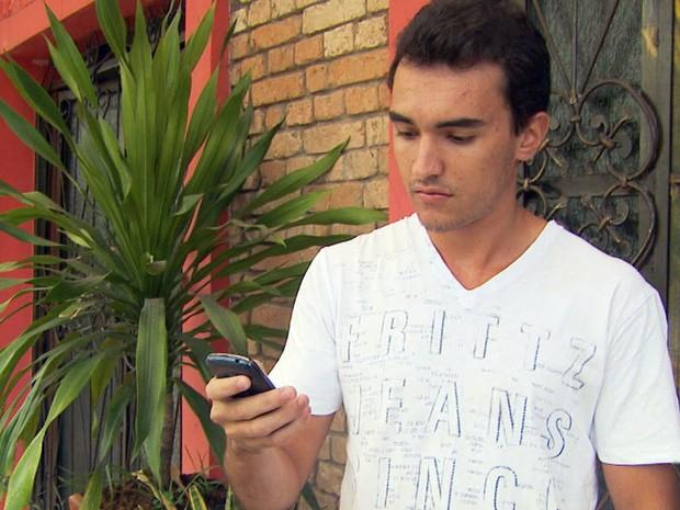 Estudantes precisam ir até Goiás pessoalmente para recuperar celulares roubados em Alfenas (Foto: Reprodução EPTV)