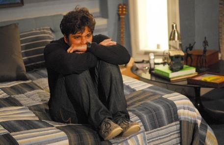 Como o Tarso, que sofria de esquizofrenia, em 'Caminho das Índias' (2009). Gagliasso já declarou que este foi o papel mais importante de sua carreira TV Globo