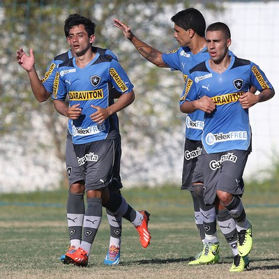 Daniel jogo treino Botafogo x Olaria (Foto: Satiro Sodre/SS Press)