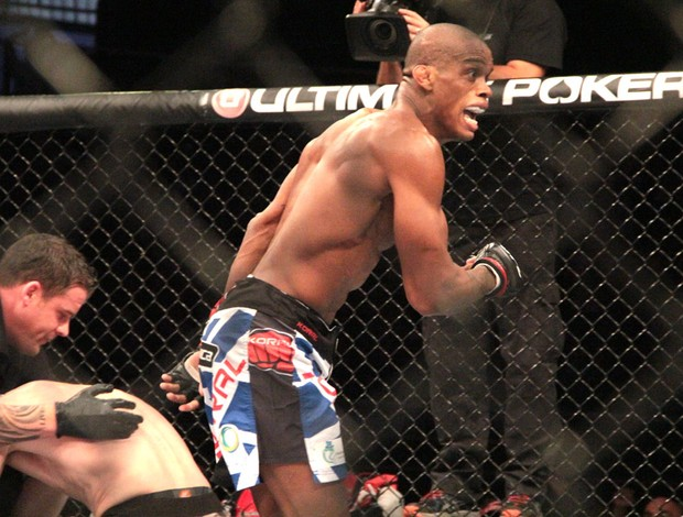 Alan Nuguete UFC Barueri São Paulo (Foto: Rodrigo Malinverni)