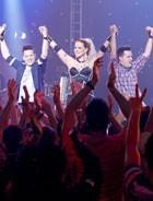 Show bafônico com dupla do Lê Lê Lê! (Cheias de Charme / TV Globo)
