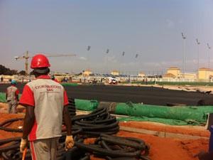A Odebrecht executa obras de expansão de centro de treinamento do clube de futebol 'do presidente' (Foto: João Fellet/BBC Brasil)