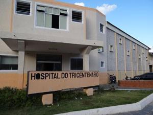Paciente está internada há dez dias no Hospital do Tricentenario, em Olinda (Foto: Luna Markman/G1)