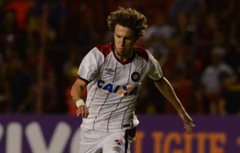 R. Galhardo e Luciano Cabral fazem a estreia pelo Atlético-PR contra o Sport