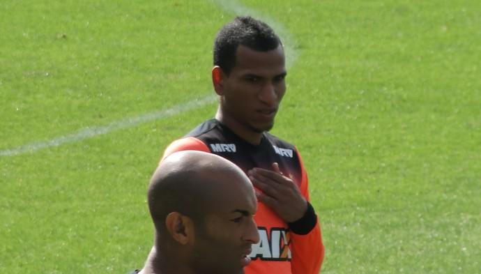 Otero, meia do Atlético-MG (Foto: Fernando Martins Y Miguel)
