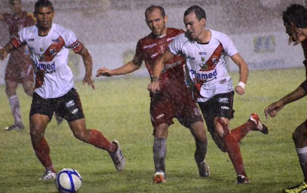 Sergipe River ficaram no empate  (Foto: Felipe Martins/GLOBOESPORTE.COM)