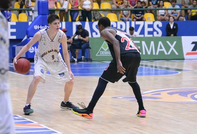 Mogi das Cruzes x Vasco NBB basquete (Foto: Milena Antunes)