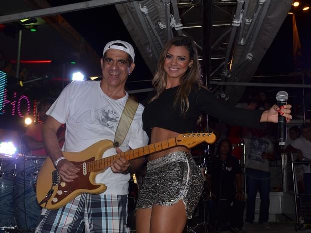 ee950880df Asa de Águia lança Vina a nova vocalista do Cheiro de Amor que junto com  Durval