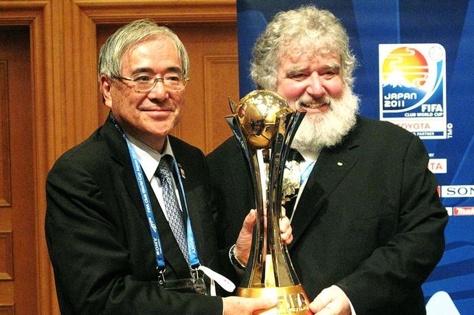 Chuck Blazer, do Comitê do Mundial, e  Junji Ogura,  presidente da federação japonesa (Foto: Thiago Dias / Globoesporte.com)