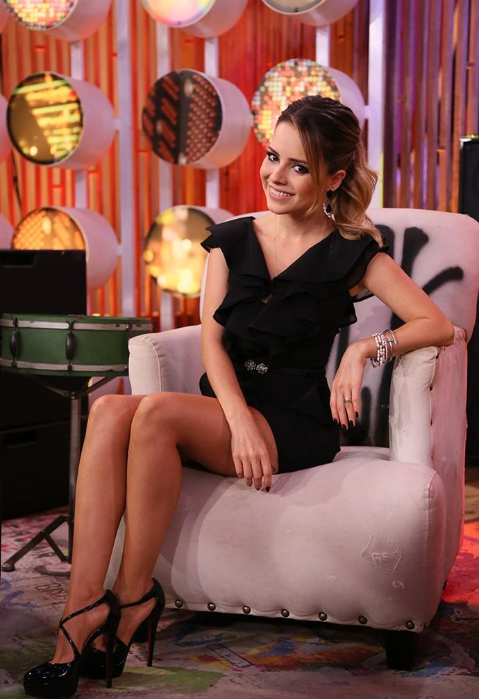Sandy investe em look romântico para coletiva de imprensa do SuperStar (Foto: Ellen Soares/Gshow)