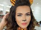 Geisy Arruda faz make de gatinha para o Carnaval