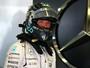 """Meio segundo atrás de Hamilton, Nico diz que """"é difícil explicar"""" desvantagem"""