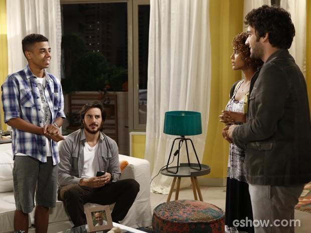 Davi convida Vicente para ser seu assistente na Marra (Foto: Fábio Rocha/TV Globo)