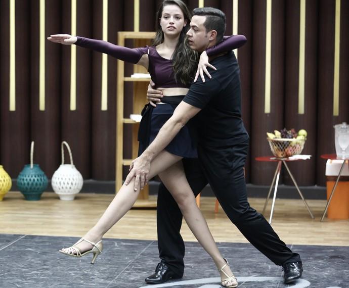 Agatha treina com professor Leandro Azevedo (Foto: Inácio Moraes / Gshow)